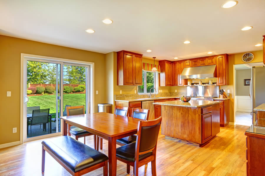 👍🥘Tips for Choosing a Patio Door for Your Michigan Home 🚪🚪🏚️