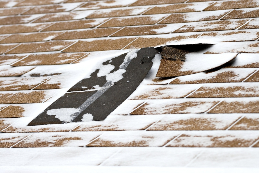 How to Prevent Roof Damage in Downriver Michigan During the Winter