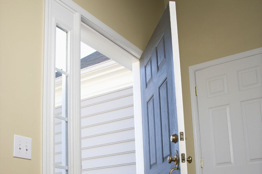 🏡🏠 👍 ⭐️ Choosing The Right Entry Door in Southgate Michigan For Your Home 👀 🏡🏠 😎