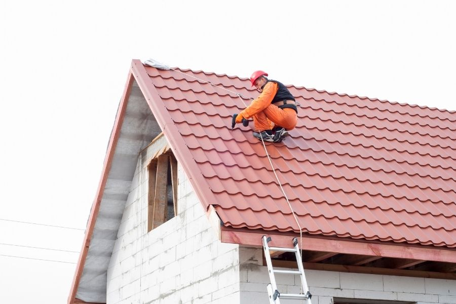 ☑️ 🏡 👍 Are You Hiring the Right Roofer in Ann Arbor Michigan? 🚧 🏠 🏚 🏡